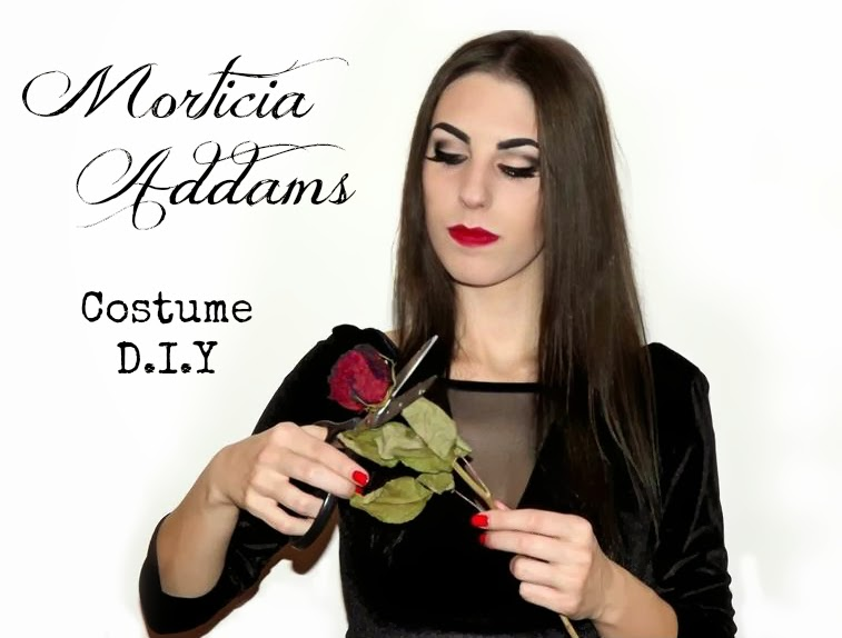 http://thesparklingcinnamon.blogspot.it/2013/11/how-to-make-morticia-addams-halloween.html