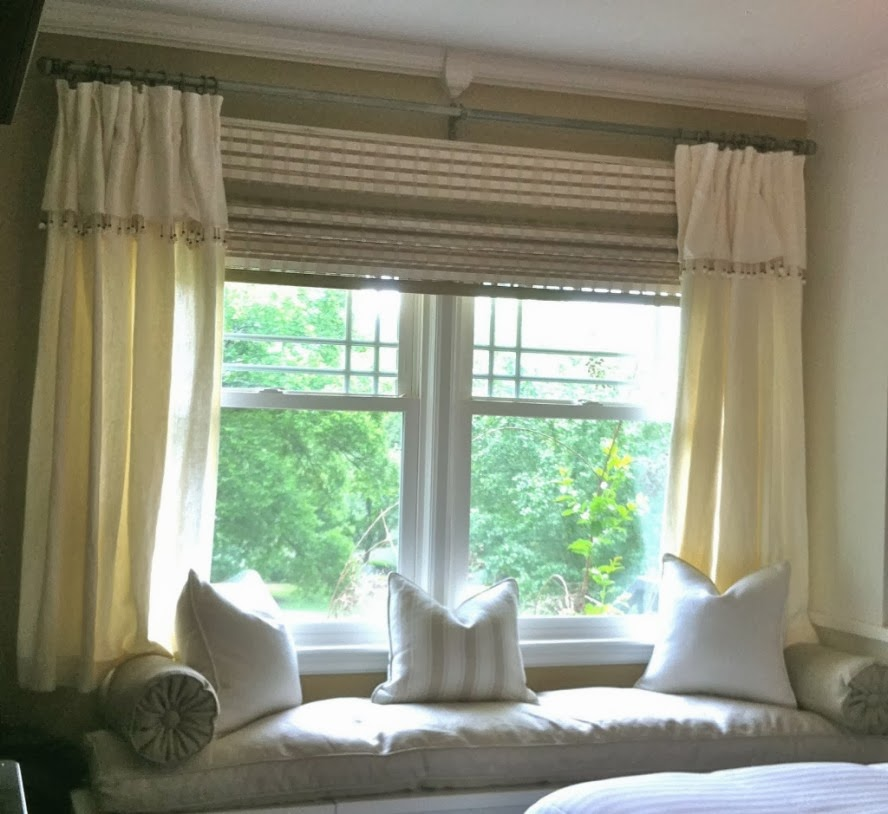Amazing Bay Window With Cream Sofa Little Curtain Designs For Windows