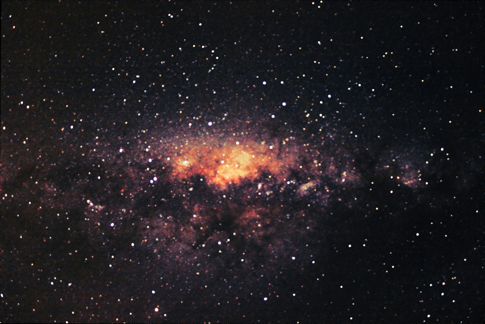 Milky Way across Cygnus (20 frames of 10sec exposure)