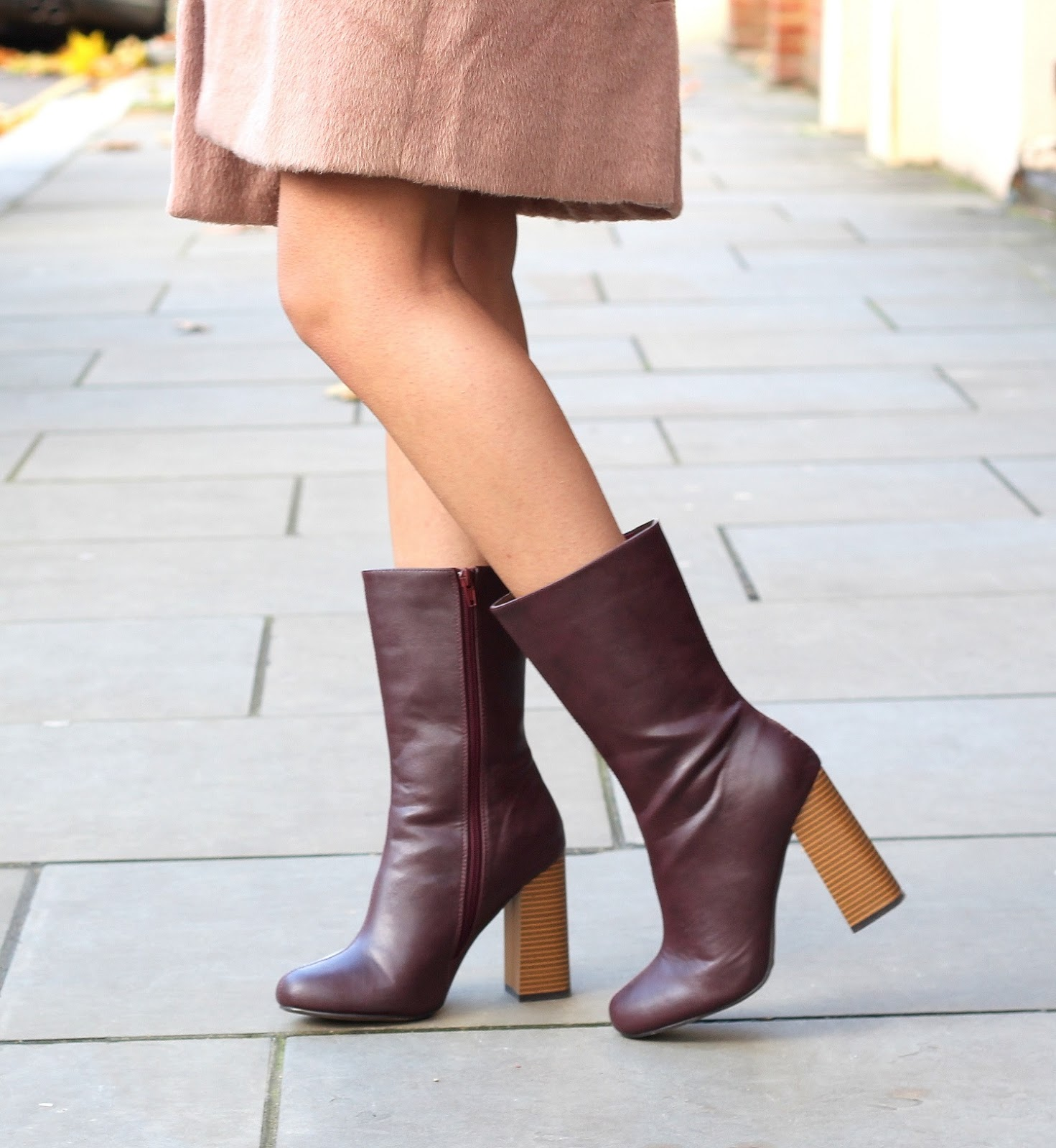 peexo fashion blogger wearing la moda boots