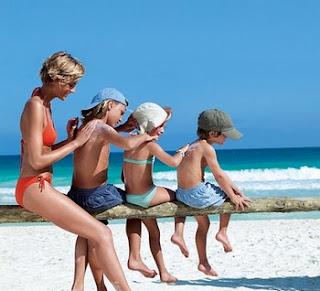 ¡Al agua patos! Divertirse en la playa o piscina con precaución | www.mifabula.com