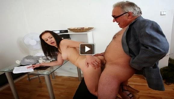 yasli kadin 70 yas pornu  Porno izle Sikiş Video Sex