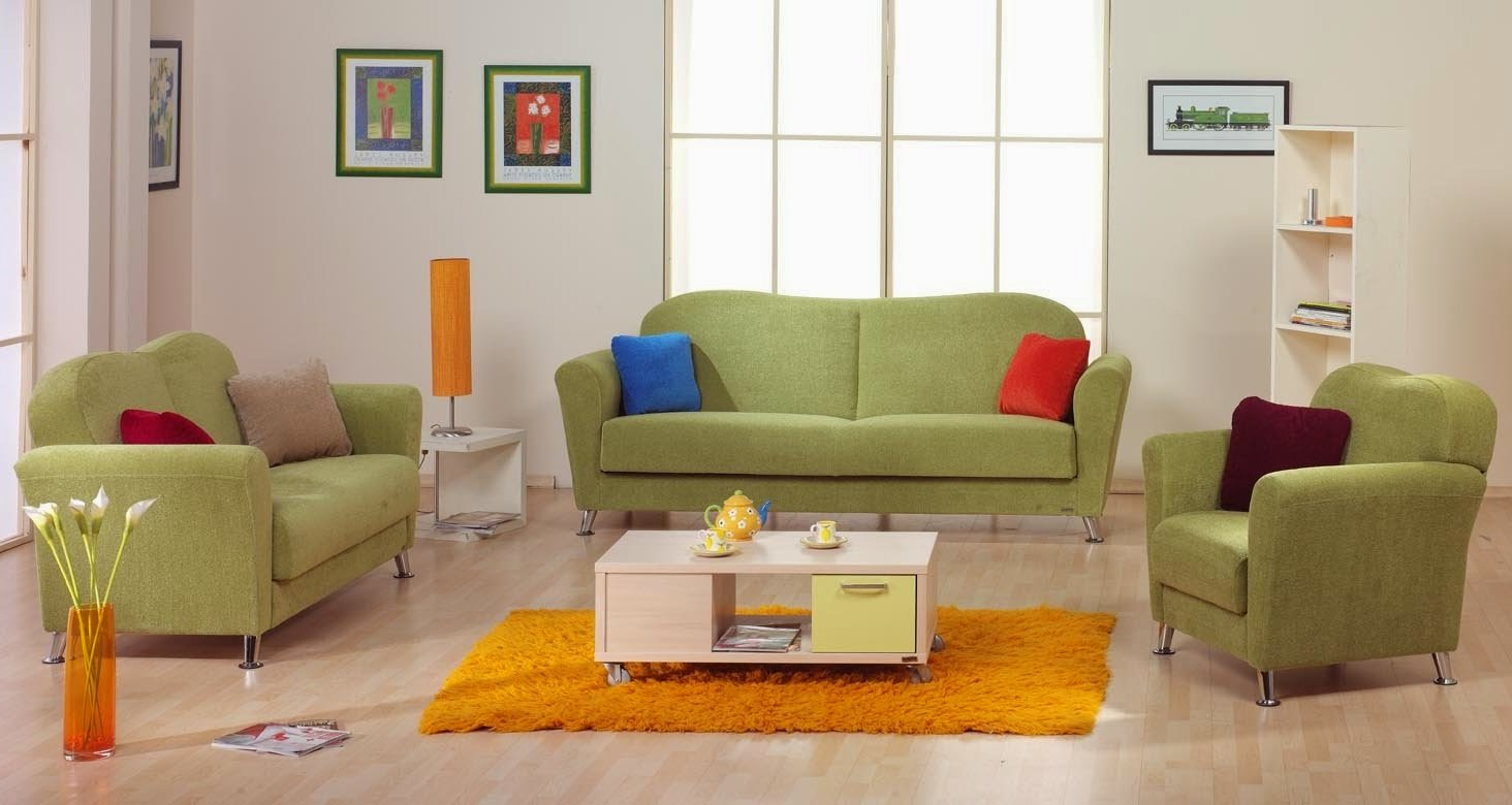 Decorating Ideas for Green Couch in Living Room