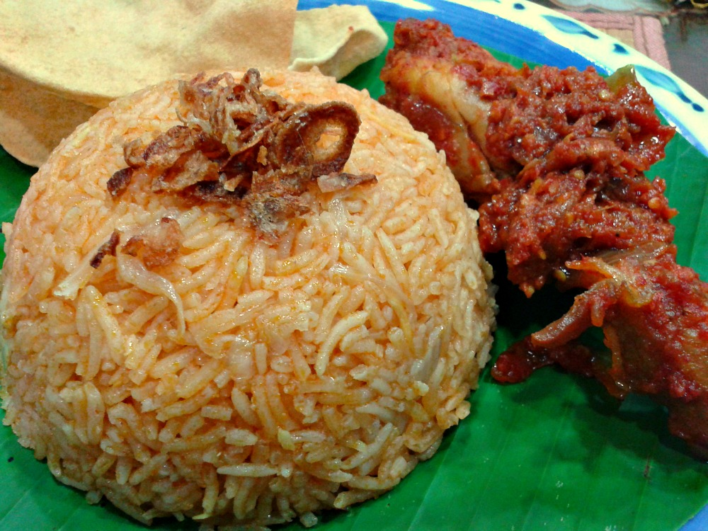 how to make nasi tomato