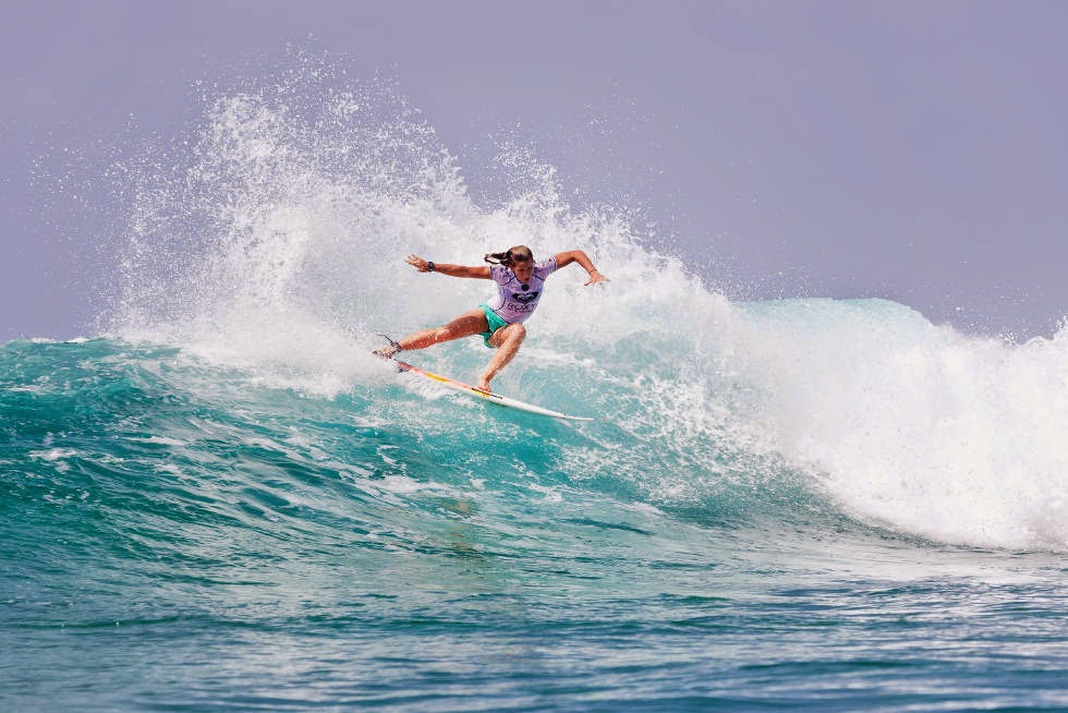 9 Roxy Pro Gold Coast 2015 Courtney Conlogue Foto WSL Kelly Cestari