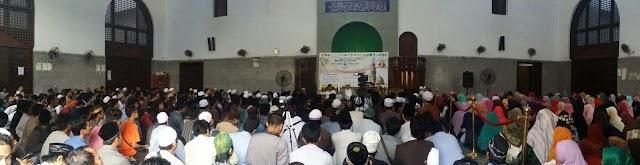 Memperingati 1 Muharram 1437 H, 1200-an Masisir Banjiri Masjid Az-Zahra'