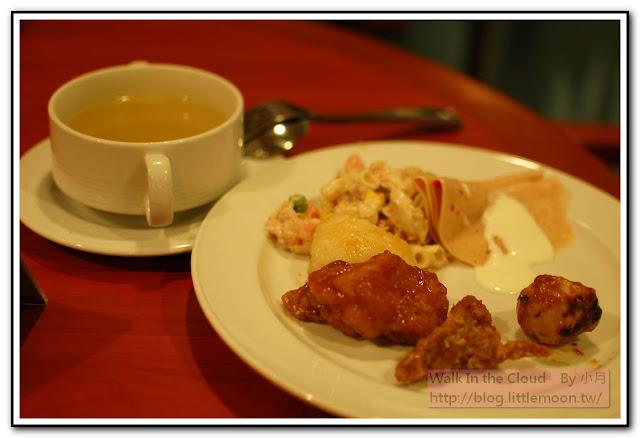 肉、火腿、通心麵、湯