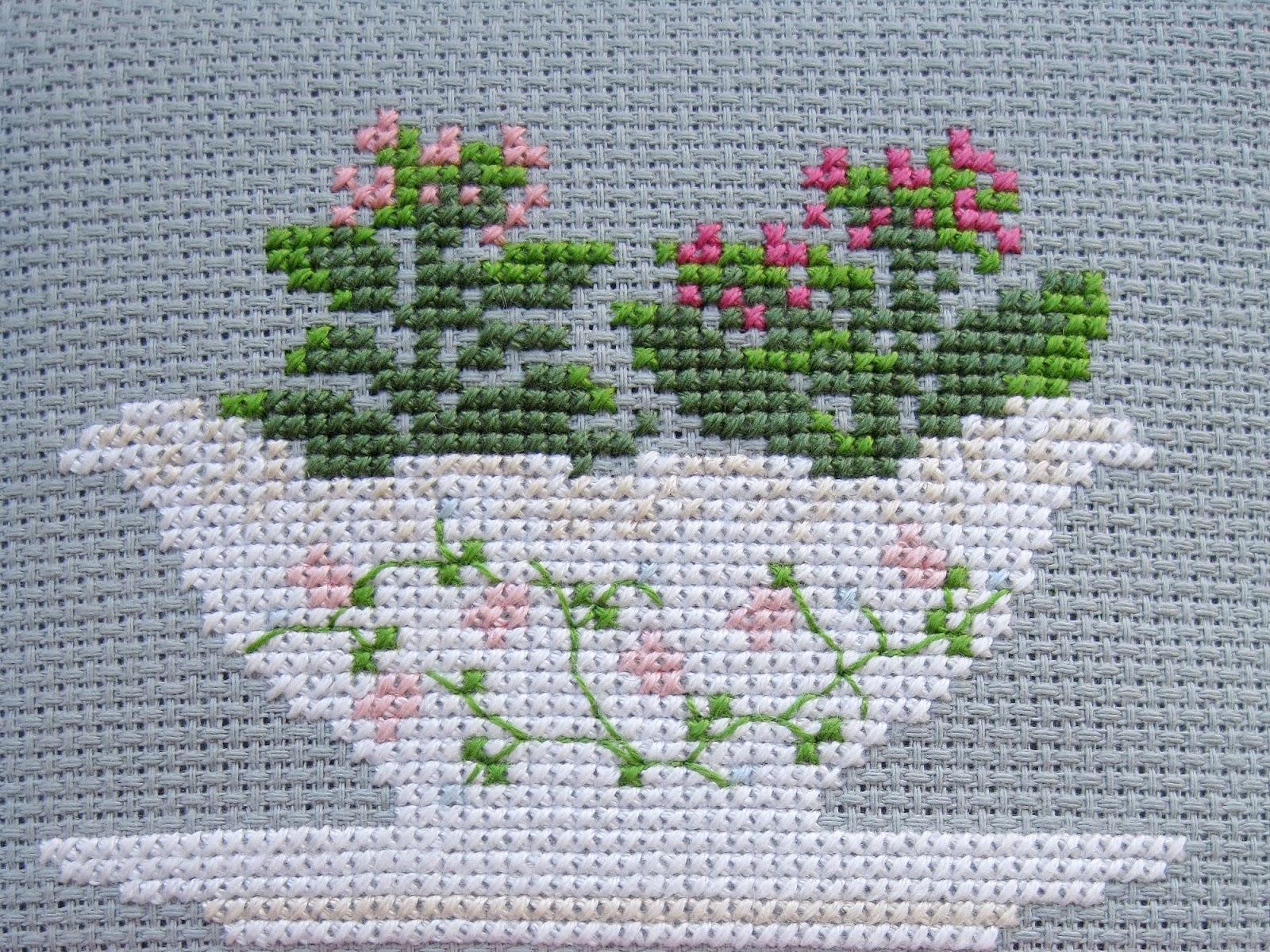 cross stitch вышивка крестиком каланхоэ Kalanchoe Kissy-Cross
