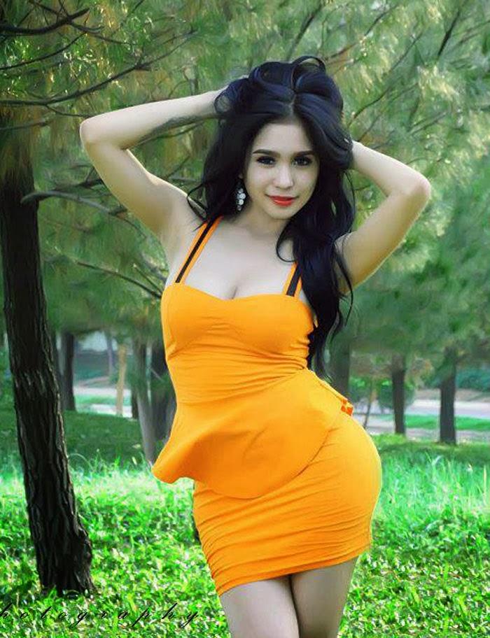 Foto Bugil Bertubuh Sexy Payudara Montok