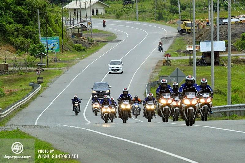 Foto Gambar Dan Harga Motor Yamaha R15