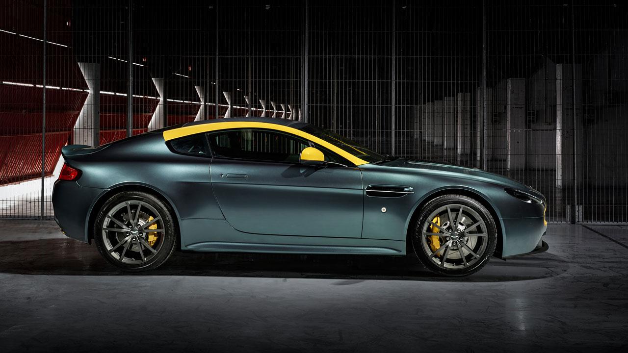 Aston Martin V8 Vantage N430 side