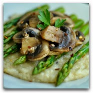 Garlicky Asparagus and Mushroom Gruyere Grits