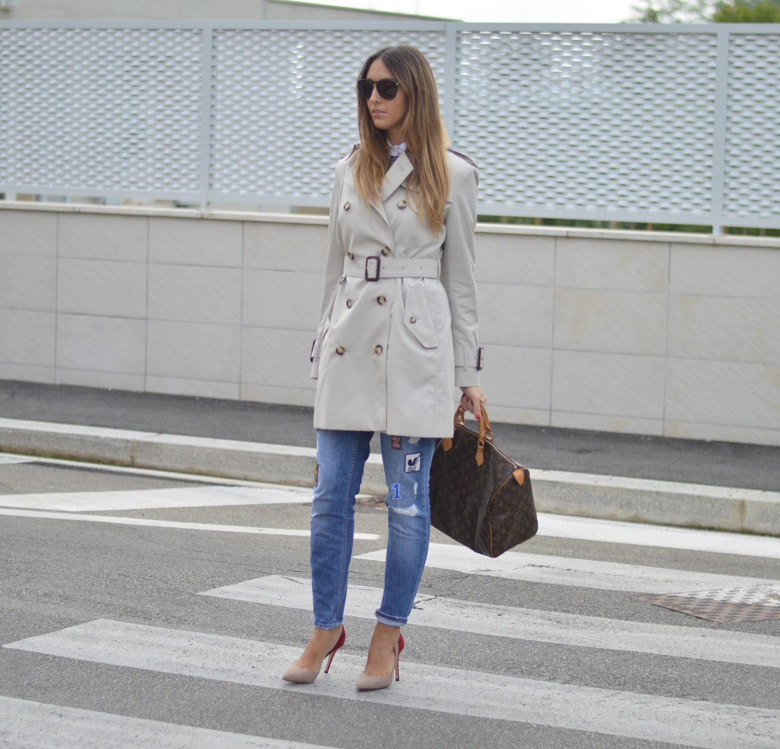 burberry trench, burberry trenchcoat, louis vuitton speedy bag, louis vuitton bag, bauletto louis vuitton, louis vuitton speedy 40 bag, dolce & gabbana sunglasses, zara jeans, semilla shoes, semilla pumps, fashion blogger, top fashion blogger, fashion blogger italiane, fashion blogger firenze, fashion blogger italiane, burberry trench street style, burberry trench coat street style