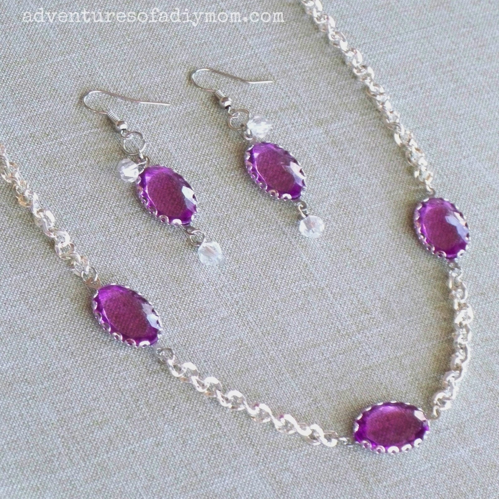 Violet Necklace and Earrings Set