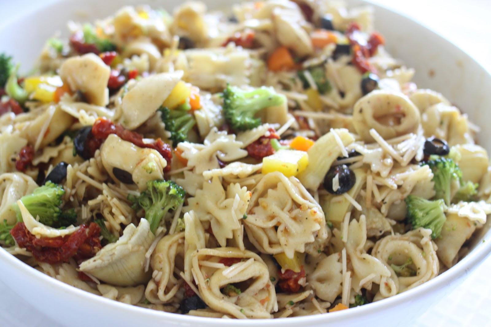 The Larson Lingo: Tortellini Pasta Salad