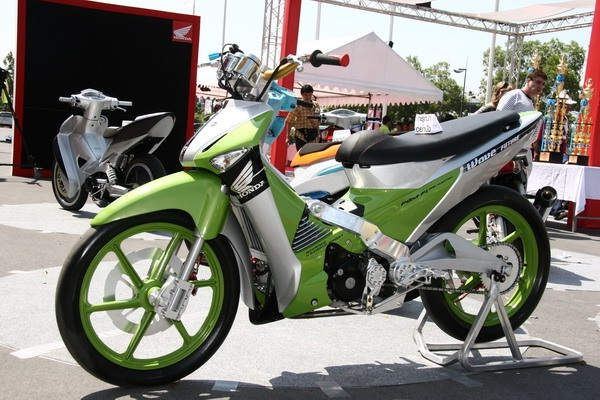 -id..- Foto Modifikasi Motor Supra X Keren Terbaru 2013 title=