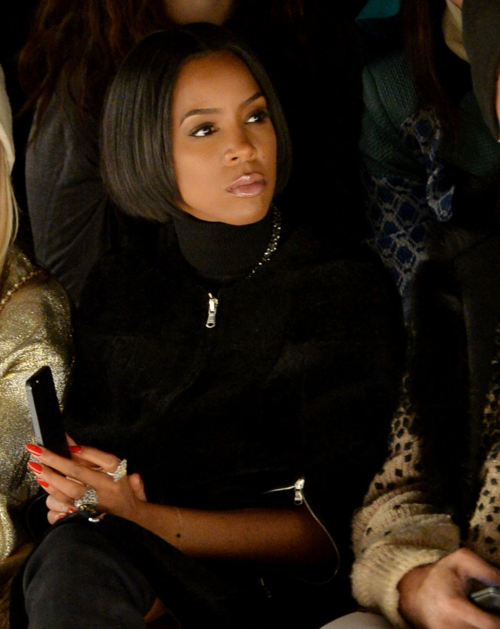 Kelly Rowland glows in Nigeria
