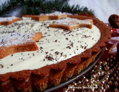 Piernikowa tarta z musem z białej czekolady