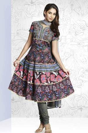 Latest-Trends-Salwar-Kameez
