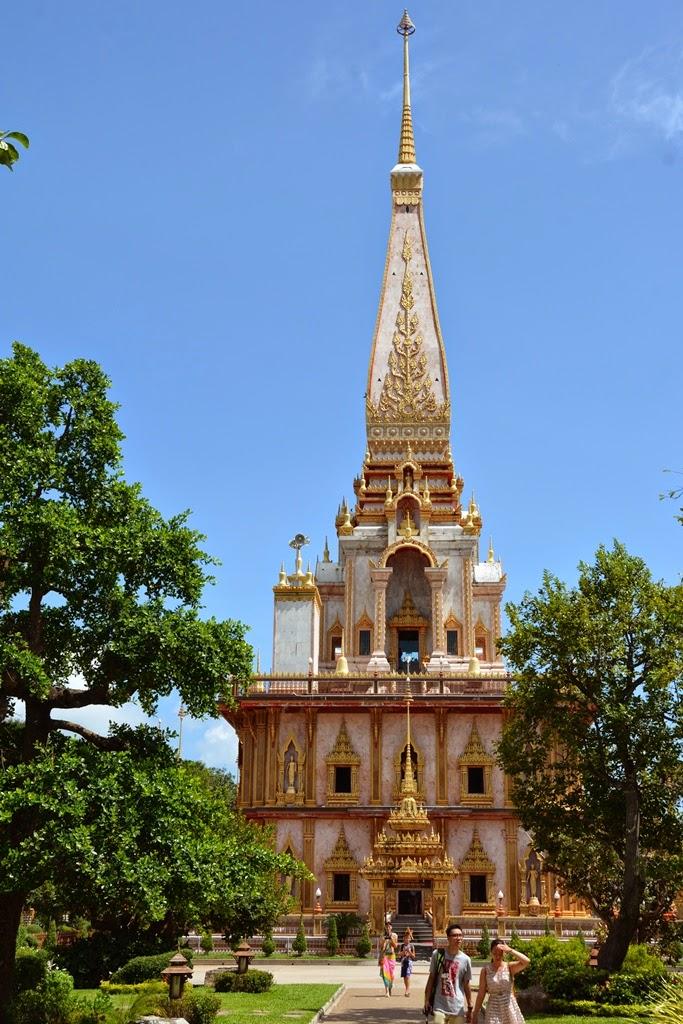 Wat Chalong Temple Phuket pagoda