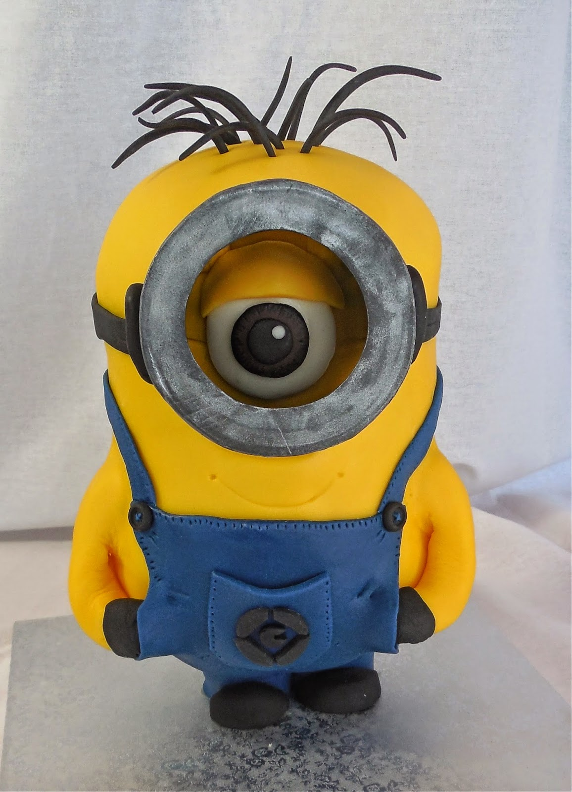 how to make minion cupcakes with fondant