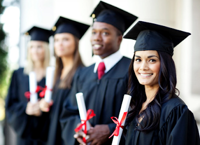 5 Things Everyone in College Should Do Before They Graduate