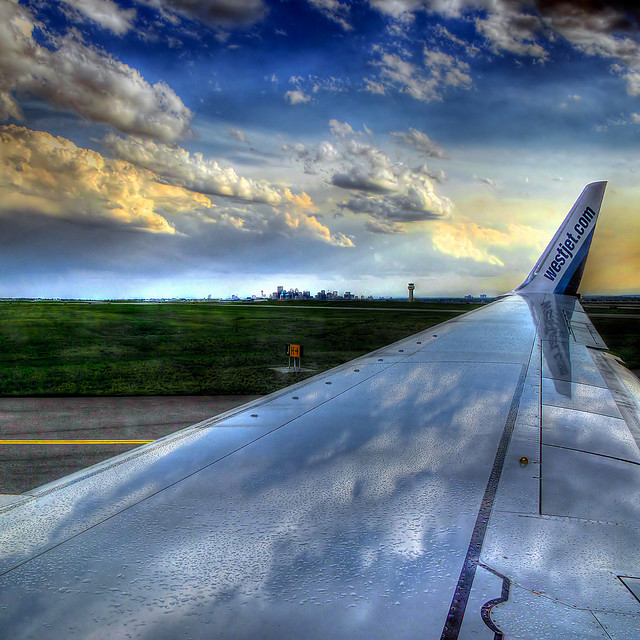 airplane travel wing hdr
