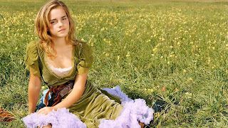 Emma Watson New Latest Beautiful And Hot Looking Images Gallery In 2013