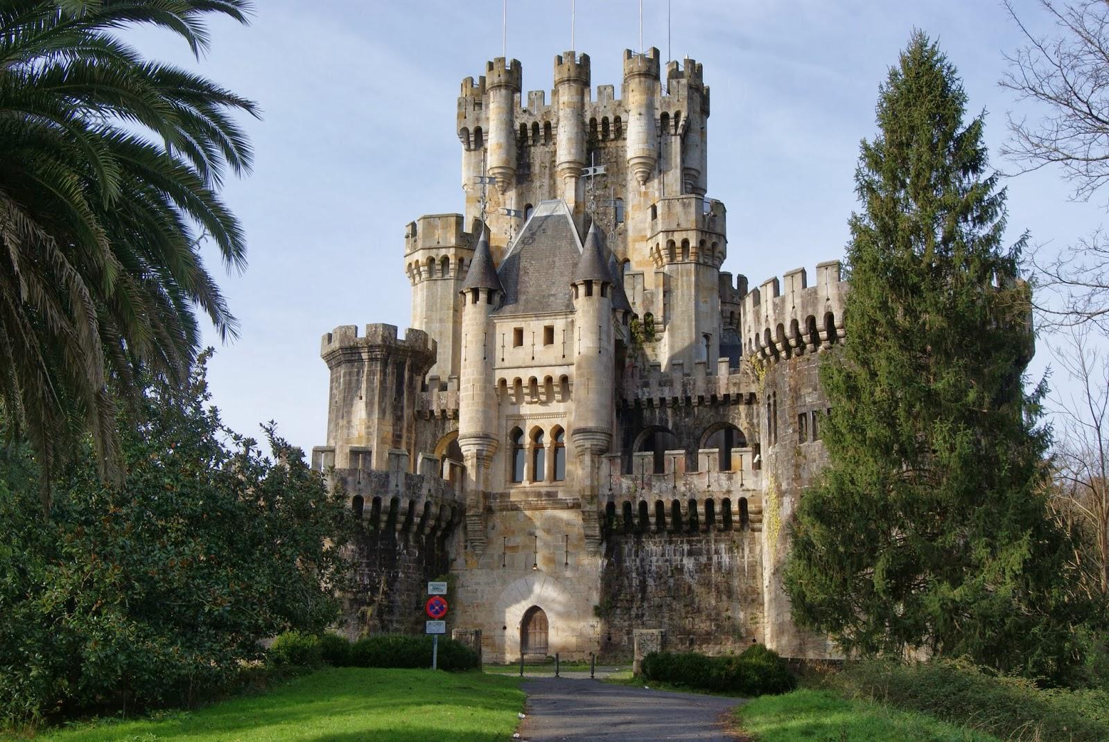 La foto diaria pa s vasco castillo de butron - Arquitectura pais vasco ...