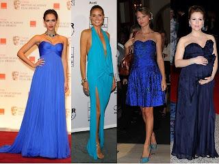Vestido azul de vários tons