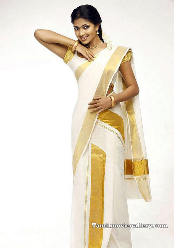Fantastic Traditional Kerala Women Dress  Fashion Name