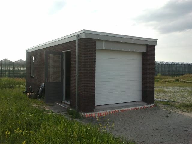 Maiko en debby bouwen hun droomhuis: garage wind waterdicht en de