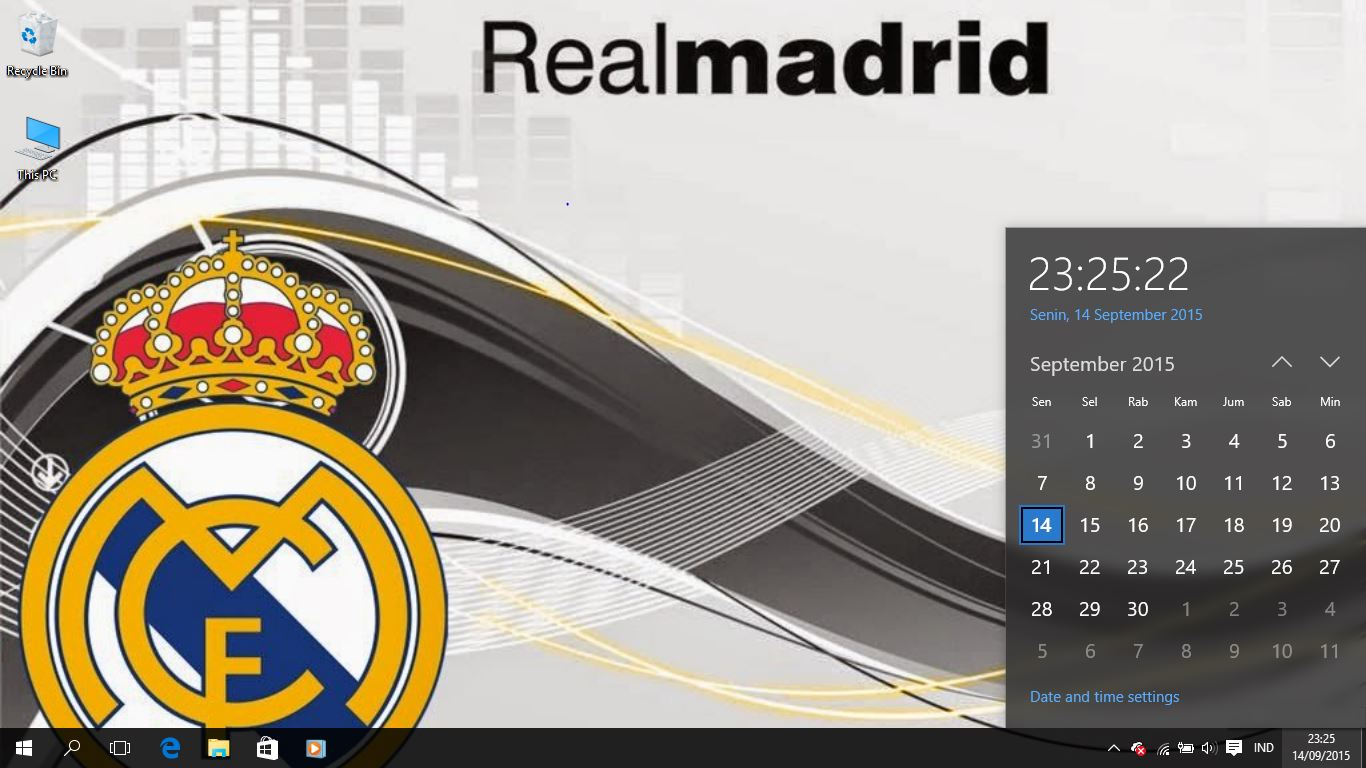 Real Madrid FC Logo Theme For Windows 7 8 and 10 Save