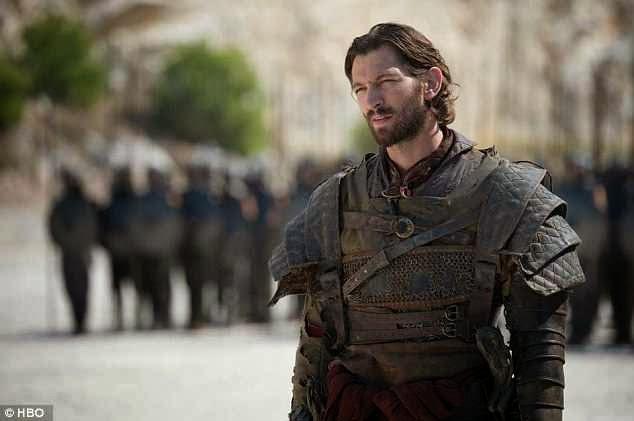 Manny360: Move Over Khal Drogo - Khaleesi Flirts With New ... Daario Naharis Game Of Thrones