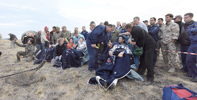 ESA astronaut Andreas Mogensen, Soyuz spacecraft commander Gennady Padalka and Kazakh cosmonaut Aidyn Aimbetov landed on Sept. 12, 2015 at 00:51 GMT (02:51 CEST) in the steppe of Kazakhstan, marking the end of their missions to the International Space Station. Credit: ESA–Stephane Corvaja