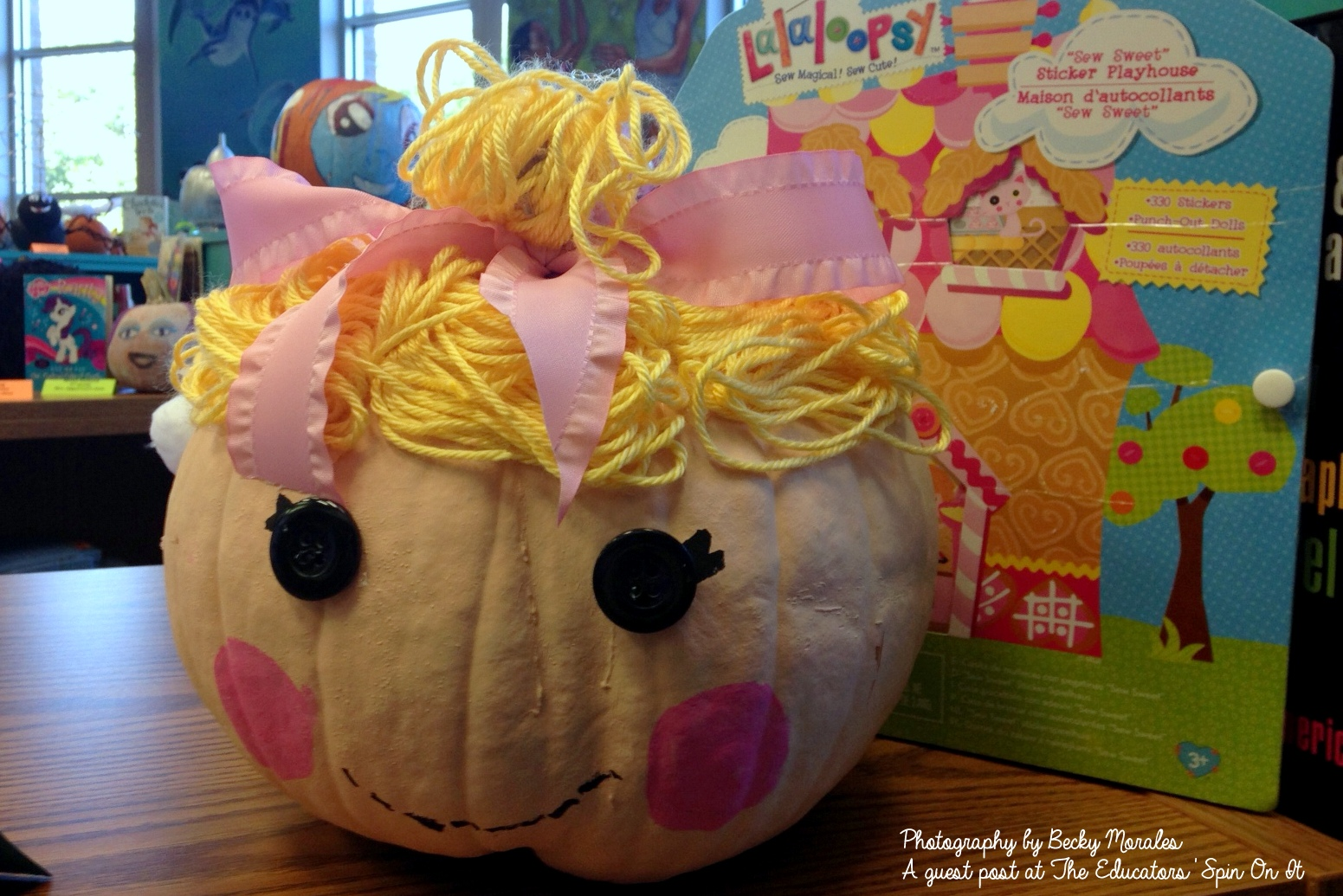 make the Lalaloopsy: Meet the Lalaloopsy Girls inspired Story Book Pumpkin Character: