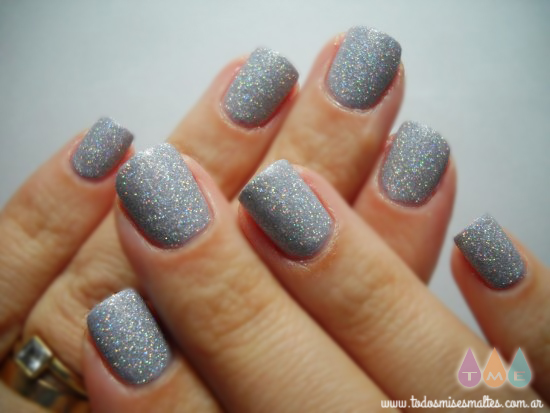 glistening-snow-china-glaze