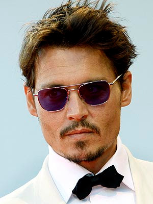 JOHNNY DEPP HAIRSTYLES - SHORT HAIRCUT