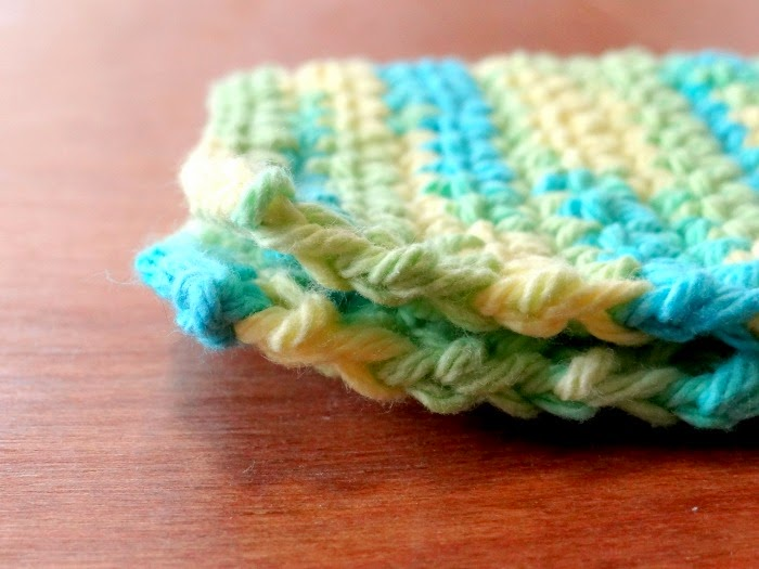 http://www.patchworkposse.com/crochet-dishcloth-pattern/