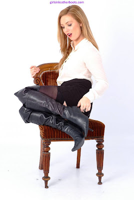 Sexy Leather Boots for Hot Blonde Louise