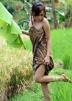 foto  gadis kampung pamer paha mulus