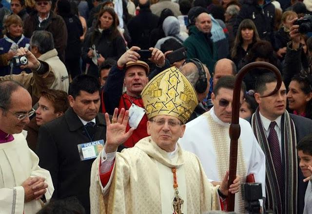El enviado del Papa Francisco beatificó en Córdoba al Cura Brochero 0914_brochero_g6.jpg_1853027551