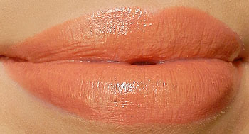 mac freckletone lipstick swatch