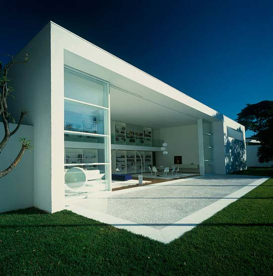Minimalist architecture design gambar rumah for Modern minimal house