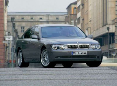 BMW-760i-Front-Angle-View