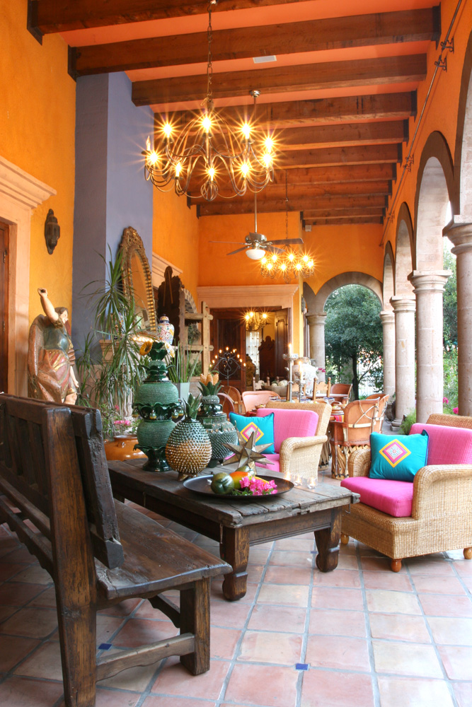 Hacienda decor for Mexican home decorations