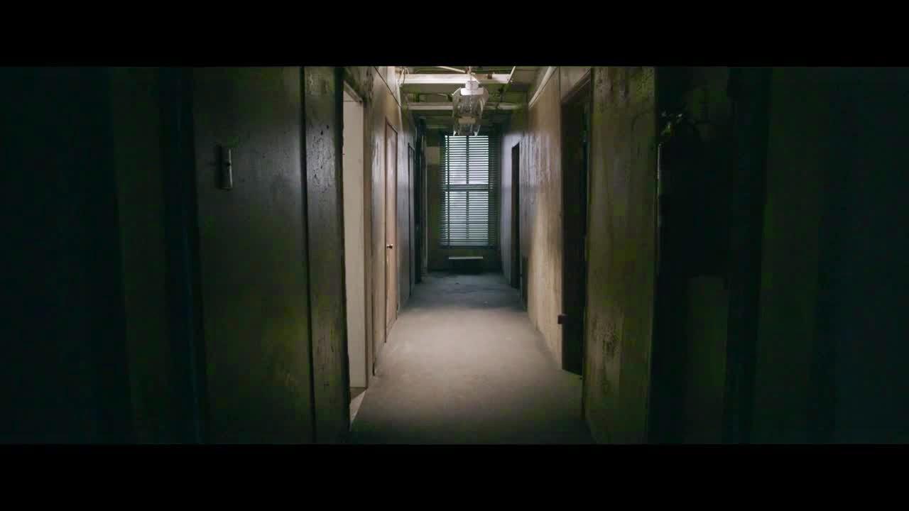 Sia Chandelier ficial Video Wallpapers Screenshots