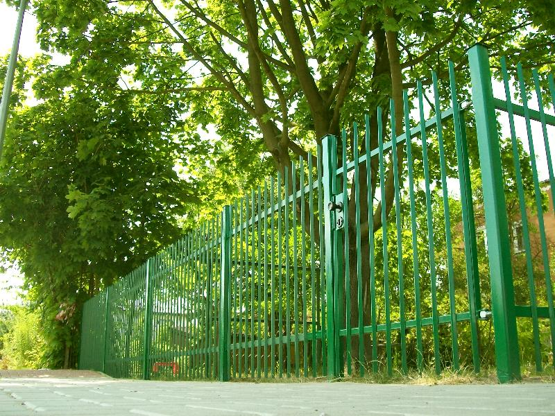 Bramy ogrodzenia Siedlce. Producent tanie ogrodzenia Siedlce. Ogrodzenie z kątownika cena. Proste ogrodzenie.