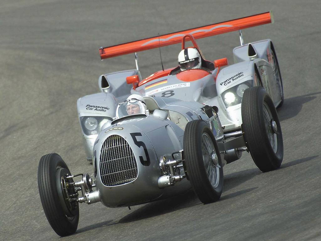 http://4.bp.blogspot.com/-VSedLjhIR7k/TcCXmkhtlrI/AAAAAAAABOA/mM8q6-RPCrw/s1600/Auto-Union-Type-C-Audi-R8-1024x768.jpg