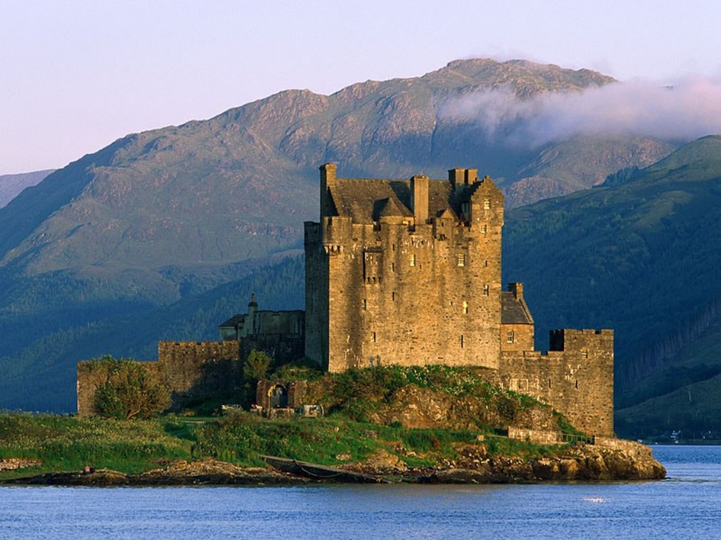 http://4.bp.blogspot.com/-VSo66xHKKhU/TpxJcSWkGiI/AAAAAAAADJU/EIrUVxIxSHk/s1600/eilean-donan-castle_09.jpg